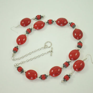 Red Bead Necklace Set, Red Necklace, Red Bead Necklace Gift Set, Handmade Red Jewelry, Red Necklace and Earrings Set