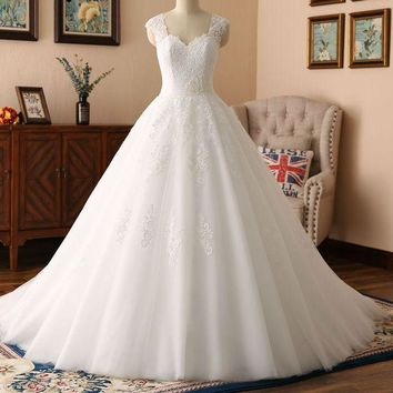 Wedding Dress New Design Ball Gown Lace Wedding Gowns Sweetheart Beaded Sash Vintage Bridal Gowns