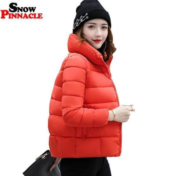 SNOW PINNACLE New Winter Short Jacket Women 2017 Fashion Autumn Warm Thicken Cotton Padded Down Parkas Female Top Clothing Coat