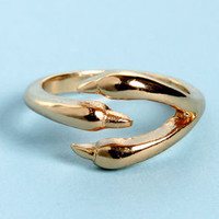 You're Talon-ted Gold Claw Knuckle Ring