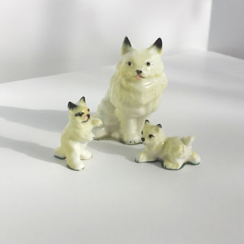 Vintage Figurines,  Porcelain Cat Family, Porcelain Miniatures, Porcelain Animals, Vintage Cats, Vintage Cat Family