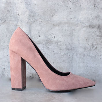 vegan suede chunky heeled pointed toe pump - mauve