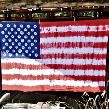 American Flag - Hand Dyed Tie Dyed Wall Tapestry - Handmade American Flag Beach Blanket - Stretch Knit Cotton Throw Blanket Size 3.5' x 5.6'