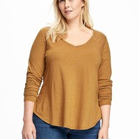 Relaxed Plus-Size V-Neck Tee | Old Navy