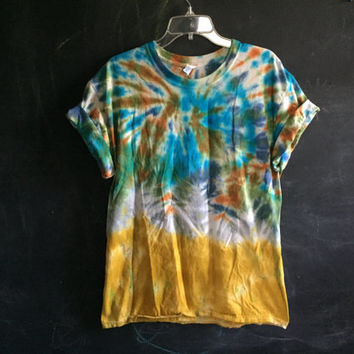 READY TO SHIP! tie dye tee - large