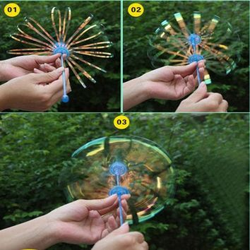 DCCKL72 1Pcs Funny Amused for Children Kid Baby Popular Soap Bubble Colorful Shook Stick Blowing Bubble Play Outdoor Activety Wands Toys
