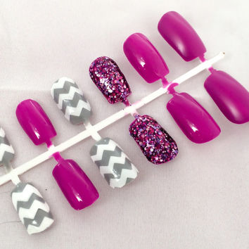 Purple Fake Nail Set, Glitter False Fingernails, Chevron Acrylic Nails, Grey Artificial Nails, Press On Nails, Glue On Nails, Gifts For Her