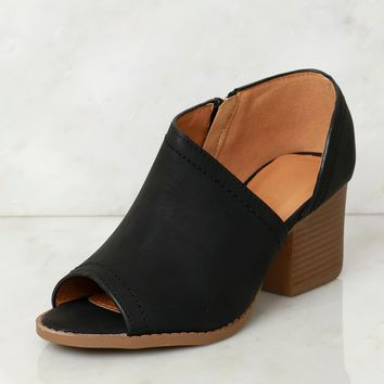 Cut Out Peep Toe Bootie Black