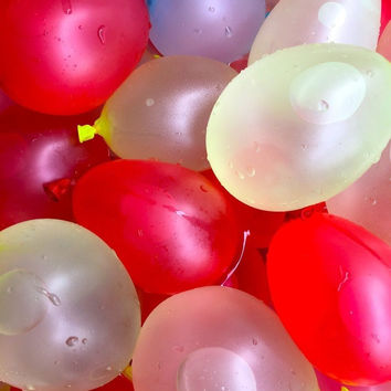 Water BalloonsSum Up Shpping Hight Quality Assurance Makes 296 water balloons...