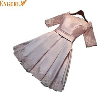 New Stock Pink Silver Satin Draped Half Sleeve Short Bridesmaids Dresses Boat Neck Lace Up Luxury Short Champagne Dresses
