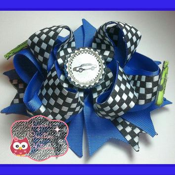 checkered flag hair bow checkered hair bow, racing bow, nascar fan hair bow, Dirt track racing bow, girls hair bow, racing boutique bow,