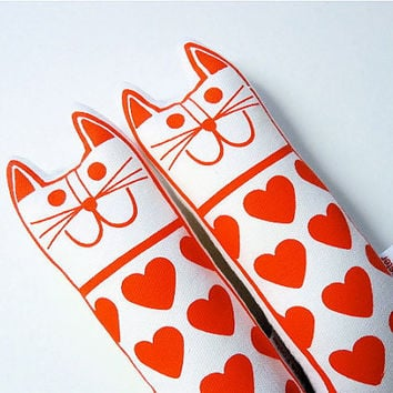 Retro modern love heart valentine cat toy plush by by Janefoster