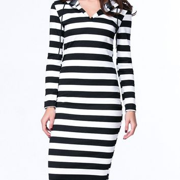 Streetstyle  Casual Black White Hooded Striped Plus Size Bodycon Dress