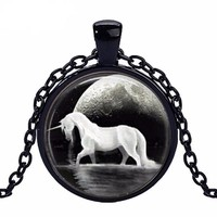 UNICORN + MOONLIGHT PENDANT NECKLACE
