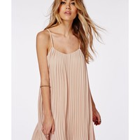 Missguided - Chiffon Pleated Swing Dress Pink
