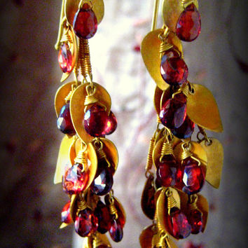 Heavy Victorian 18K Gold Marked 750 and Faceted Jeweler's Grade Garnet Briolettes Eastern  Europe Estate Earrings