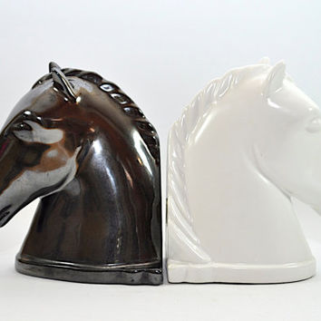 SALE AMAZING Vintage Horse Head Bookends by Abingdon - White and Black - Collectible Art Deco Book Ends
