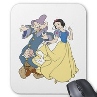 Snow White Dancing with Dwarves Disney