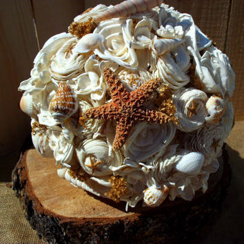 Beach wedding bouquet sola flower bouquet beach wedding starfish and shell bouquet keepsake bouquet alternative bouquet