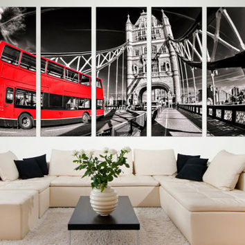 Black and White London Wall Art Gift // London Fine Art Photography Photo on Canvas Wall Décor Gift for Home // Tower Bridge Wall Art Décor