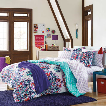 Samantha Dorm Kit in Multi