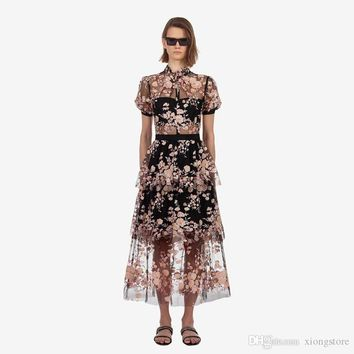 A Line Lace Short Sleeve Luxury Women Mesh Long Dresses 2019 Runway Summer Embroidery Floral Stand Patchwork Ruffles Holiday PartyDress