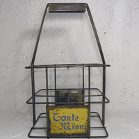 French vintage metal wine carrier, Tante Mion wine carrier. shabby chic wine carrier. wire bottle rack. wire bottle holder