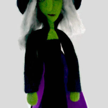 Needle Felted Witch, Wool Witch, Halloween Witch Doll, Halloween Decor, Soft Sculpture Doll, Wool Doll, Table Top Decor, Shelf Decor