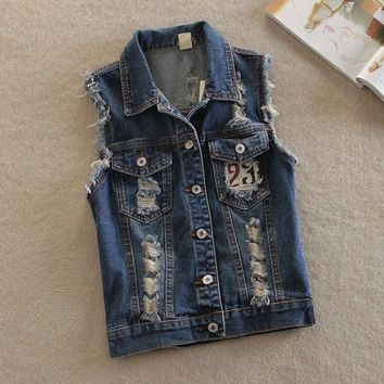 Women's Embroidered Vintage Sleeveless Ripped Denim Vest Outwear Jacket