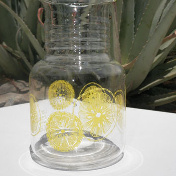 Vintage  Pyrex Lemonade Pitcher, 1.5L