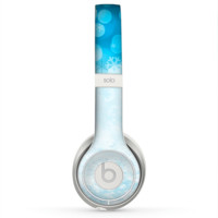 The Winter Blue Abstract Unfocused Skin for the Beats by Dre Solo 2 Headphones