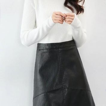 *Online Exclusive* Faux Leather Mini Skirt