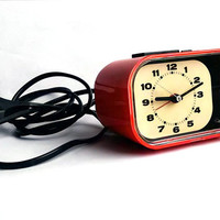 1970s West German alarm clock - Retro alarm clock - Perfectly functioning - Electric alarm clock - Analog clock - Orange color