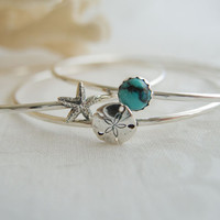 Sterling Silver Starfish, Sand Dollar Bangle, Beach Theme Wedding Jewelry, Ocean Theme Jewelry, Bridesmaid Bracelet, Turquoise Bangle