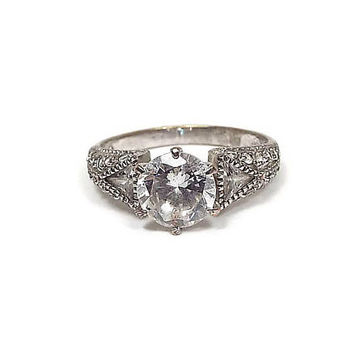 Vintage Rhinestone Cocktail Ring Avon Signed Silver Tone Retro Womens Size 10 Sparkle Bling Glitz Glam