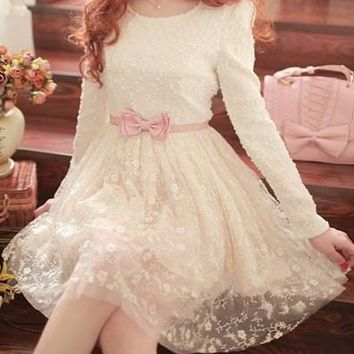 Scoop Neck Long Sleeves Solid Color Lace Splicing Sweet Dress