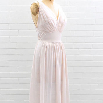 1950s Vanity Fair blush pink nightgown | 50s nylon slip | vintage  lingerie | Small