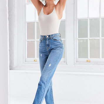 BDG Mom Jean - Vintage Wash   Urban Outfitters