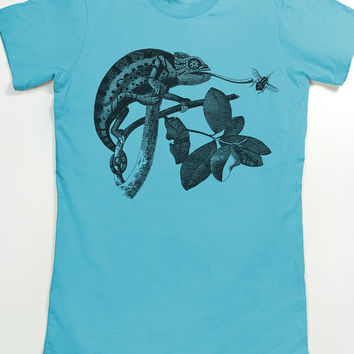 Chameleon Shirt - Women's Chameleon T-Shirt - Animal Graphic Tee for Women - Lizard tee - Vintage Art