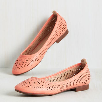 Swept Up in Sweetness Flat in Petal | Mod Retro Vintage Flats | ModCloth.com