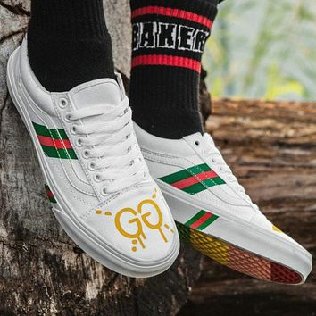 VANS & GUCCI Co-brand Classic High-end Hand-painted Rainbow Bottom top Skateboard shoes Canvas shoes F0376-1 White