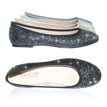 Gigi6 by Bamboo Women's Round Toe Ballet Flats with Iridescent Rhinestone Studs on Glitter Vamp