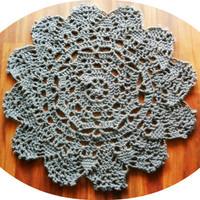 Crochet Doily Rug, Lace floor accent rug, charcoal gray, Cottage Chic- French Country- Rustic chic, Shabby home decor round rug- nursery rug