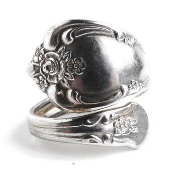 Vintage Spoon Ring - Vintage Adjustable Silver Plate WMA Rogers Oneida Ltd. Jewelry / Magnolia