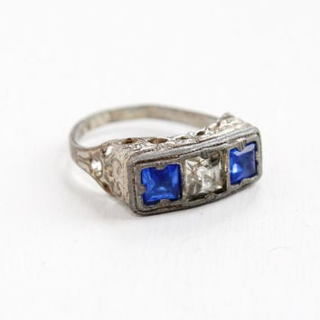 Antique Art Deco Silver Tone Simulated Sapphire & Diamond Ring - Vintage Size 7 Clear and Blue Glass Stone Filigree Costume Jewelry