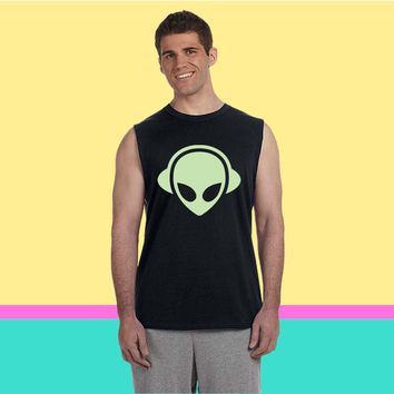 Alien headphones Glow in the dark Sleeveless T-shirt