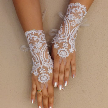 Wedding Gloves, white,french lace, gloves,Fingerless Gloves, white wedding gown, off cuffs, cuff wedding bride, bridal gloves, free shipping