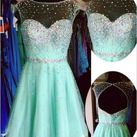 Scoop Neck Chiffon Beading Homecoming Dress