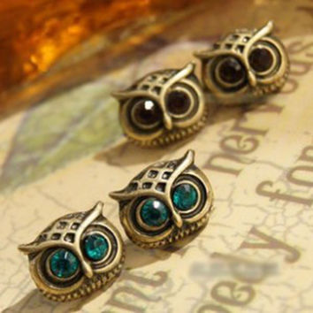 Exquisite vintage owl stud earring  free shipping (Min order $10 - for free shipping)
