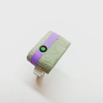 Concrete ring/Swarovski crystal/Cement jewelry/Handcraftd/Purple green/Purple ring